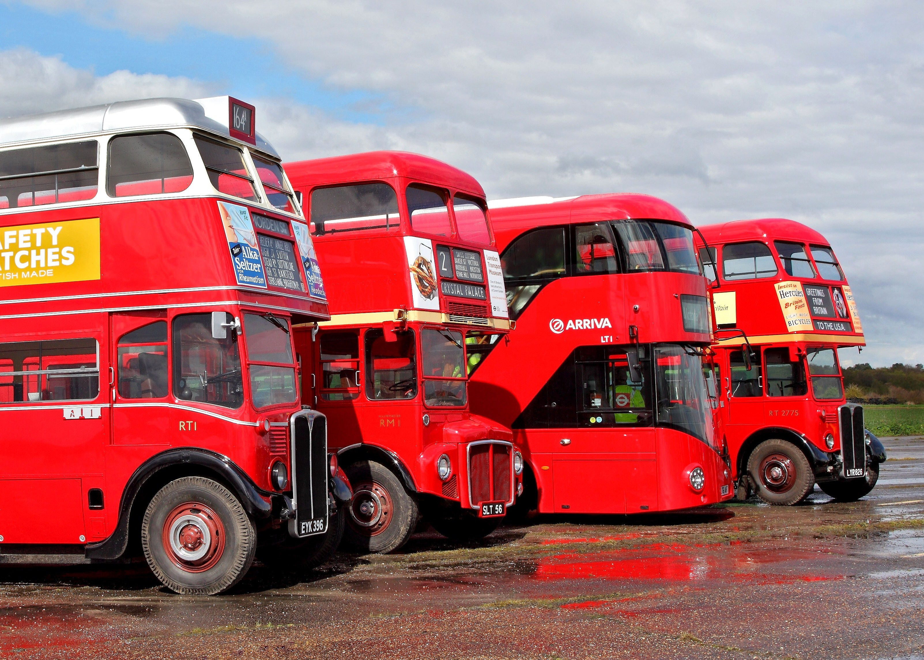 London Buses route 98 - Wikipedia |London Transit Buses